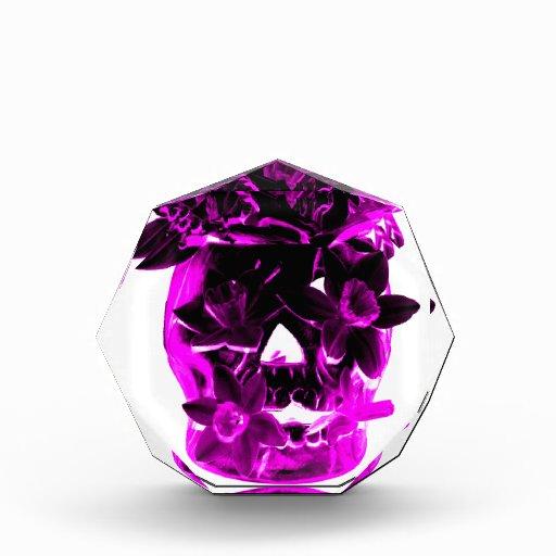 Cráneo púrpura y negro de la flor
