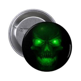 Cráneo que brilla intensamente verde pin redondo de 2 pulgadas