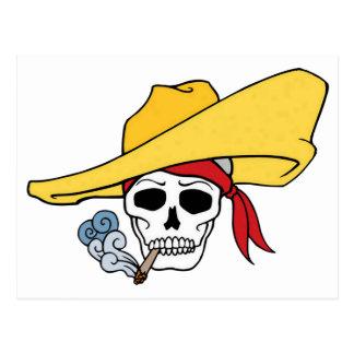 Cráneo que fuma de Halloween con el dibujo animado Tarjetas Postales