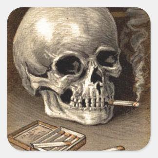 Cráneo que fuma pegatina cuadradas