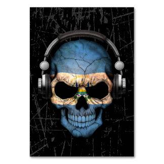 Cráneo rasguñado de El Salvador DJ con los