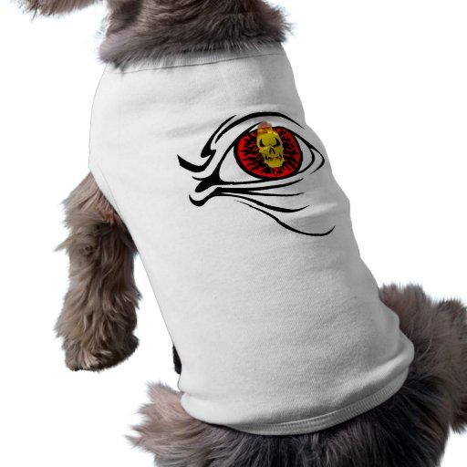 cráneo rojo del ojo del cráneo llameante camisa de perrito