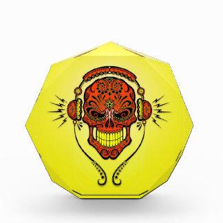 Cráneo, rojo y amarillo del azúcar de DJ