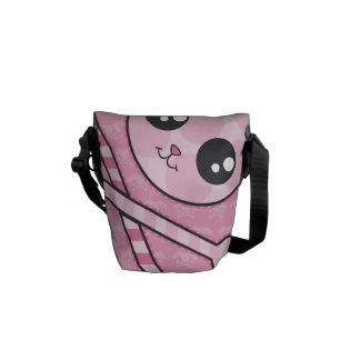 Cráneo rosado del conejito de Kawaii Bolsas De Mensajería