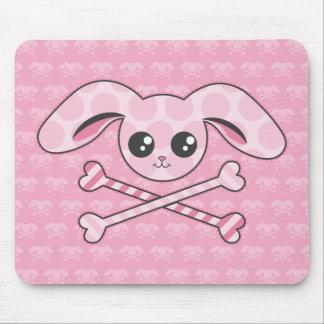 Cráneo rosado del conejito de Kawaii Tapete De Ratones