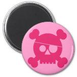 Cráneo rosado del pirata - imán