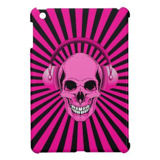 Cráneo rosado enrrollado con caso del iPad de los