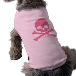 Cráneo rosado simple y bandera pirata camiseta de mascota