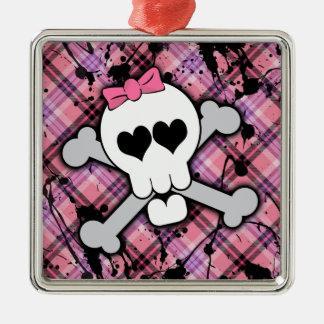 Cráneo rosado y bandera pirata con los corazones y adorno cuadrado plateado