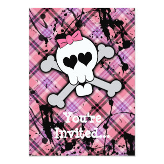 """Cráneo rosado y bandera pirata con los corazones y invitación 5"""" x 7"""""""