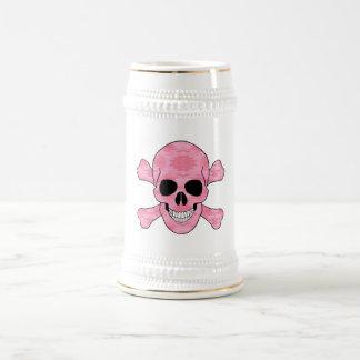 Cráneo rosado y bandera pirata Stein del camuflaje Jarra De Cerveza