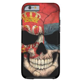 Cráneo servio de la bandera en negro funda de iPhone 6 tough