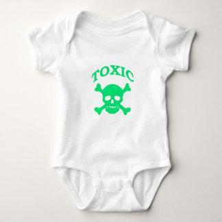 Cráneo tóxico mameluco de bebé