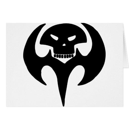 Cráneo tribal del tatuaje tarjeta
