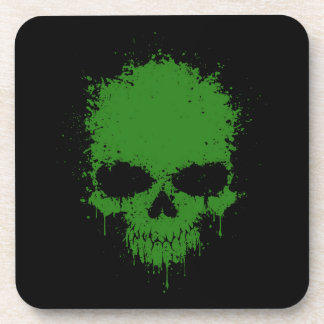 Cráneo verde de la salpicadura del goteo posavasos de bebida