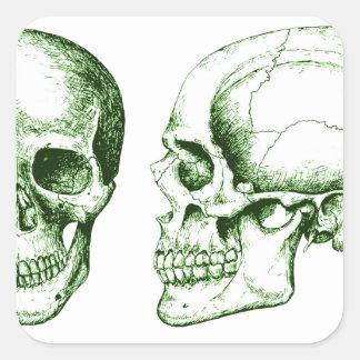 Cráneo verde del ser humano de la parte delantera pegatina cuadrada
