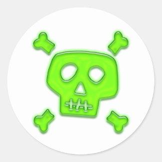 Cráneo verde pegatinas redondas