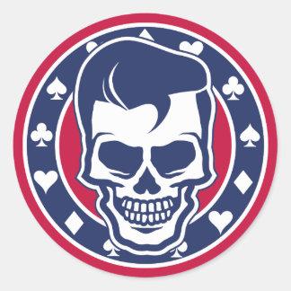 Cráneo y as del engrasador del Rockabilly Pegatina Redonda