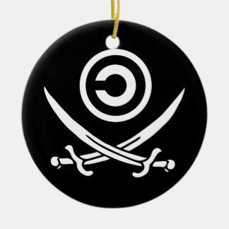 Cráneo y bandera de Anti-Copyright Copyleft de la Adorno Navideño Redondo De Cerámica