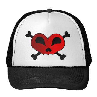 Cráneo y bandera pirata del corazón gorras de camionero