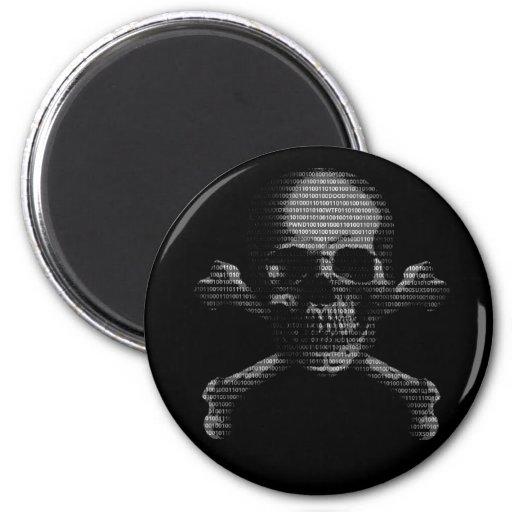 Cráneo y bandera pirata del pirata informático imanes