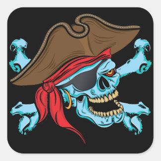 Cráneo y bandera pirata del pirata colcomanias cuadradas personalizadas