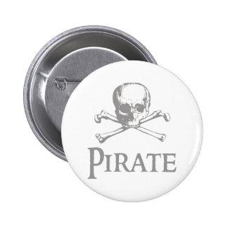 Cráneo y bandera pirata del pirata pin redondo de 2 pulgadas