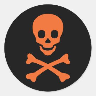 Cráneo y bandera pirata etiquetas