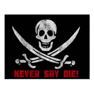 Cráneo y bandera pirata tarjeta postal