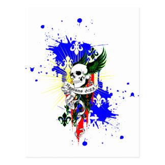 Cráneo y camisa de las alas SK8Board Tarjetas Postales