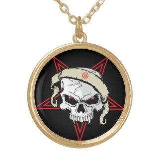 Cráneo y collar del Pentagram