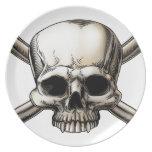 Cráneo y dibujo de la bandera pirata platos