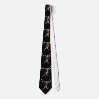 Cráneo y espadas del pirata corbatas personalizadas