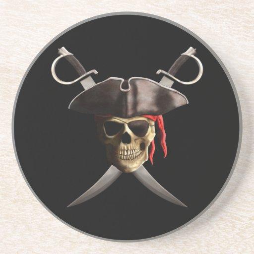 Cráneo y espadas del pirata posavasos de arenisca