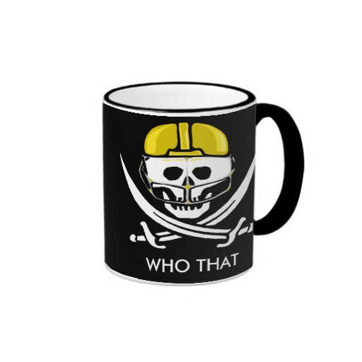 Cráneo y espadas oro, fútbol del futbolista… tazas
