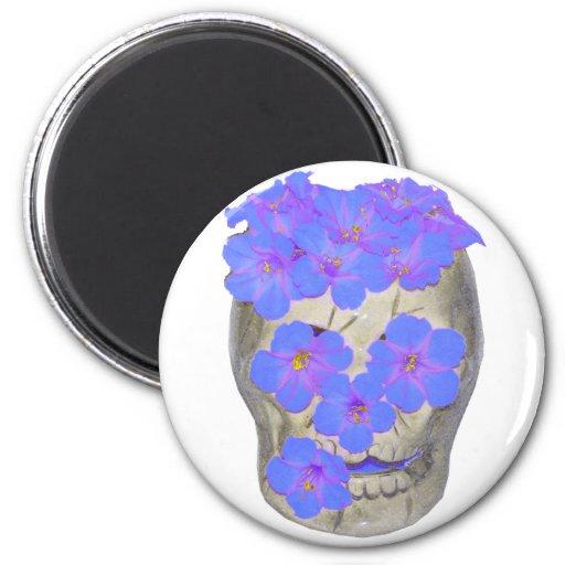 Cráneo y flores en colores pastel imán redondo 5 cm