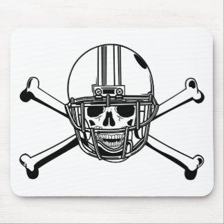 Cráneo y futbolista de los huesos de la cruz tapete de ratones