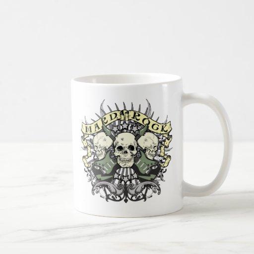 Cráneo y guitarras del heavy tazas de café