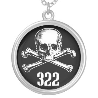 Cráneo y huesos 322 colgante redondo