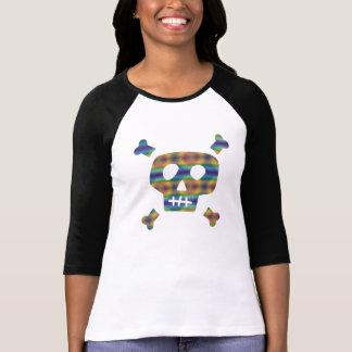 Cráneo y huesos del arco iris camiseta