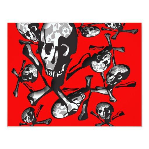Cráneo y huesos invitación 10,8 x 13,9 cm