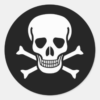 Cráneo y huesos paquete del pirata de 6 20 etiqueta redonda