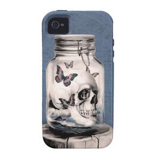Cráneo y mariposas en tarro Case-Mate iPhone 4 fundas
