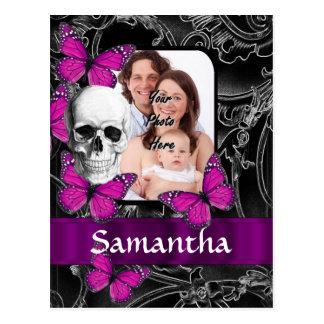 Cráneo y mariposas góticos tarjetas postales
