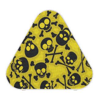 Cráneo y modelo de la bandera pirata altavoz bluetooth