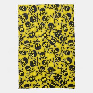 Cráneo y modelo de la bandera pirata toallas de mano