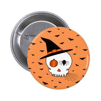 Cráneo y palos (fondo anaranjado) de Halloween Pin