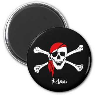 Cráneo y pirata de los huesos de la cruz imán redondo 5 cm