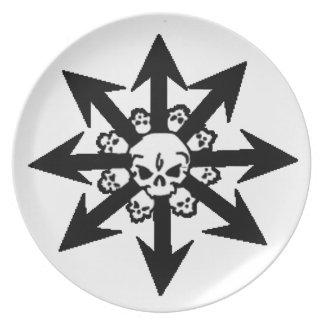 Cráneo y placa de las flechas plato de cena