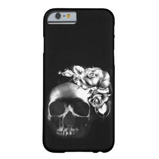 Cráneo y rosas